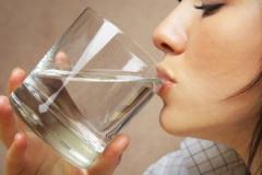 性生活前喝一杯温水有助健康