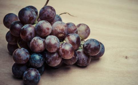 夏天快到了,经期可以吃葡萄吗?