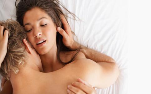 让女人娇喘呻吟连连的四种性技巧推荐