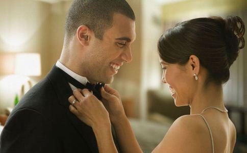 怎么向女朋友求婚 求婚该做哪些准备