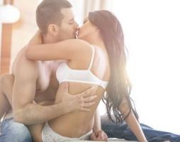 让夫妻性生活既激情又养生的七大方法
