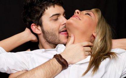 让女人沉迷的七种接吻方式
