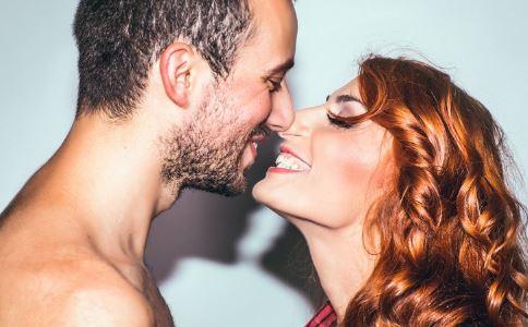 男女接吻有什么好处