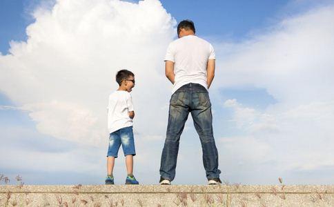 夫妻性生活被孩子看到