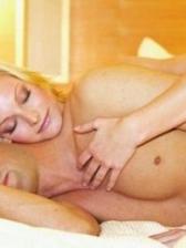 女人快要达到性生活高潮会有的9个动作