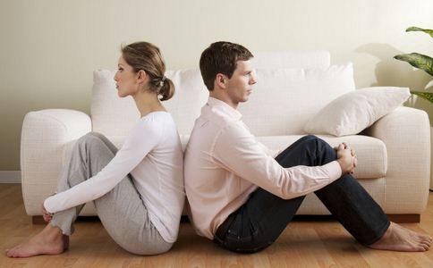 情侣同居会遇到什么问题
