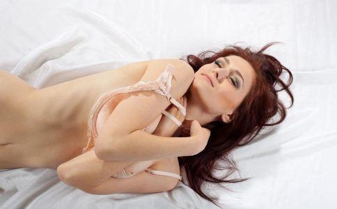 女人乳房疼痛原因