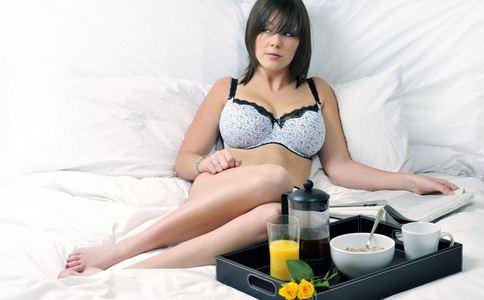 女人怎么保养乳房
